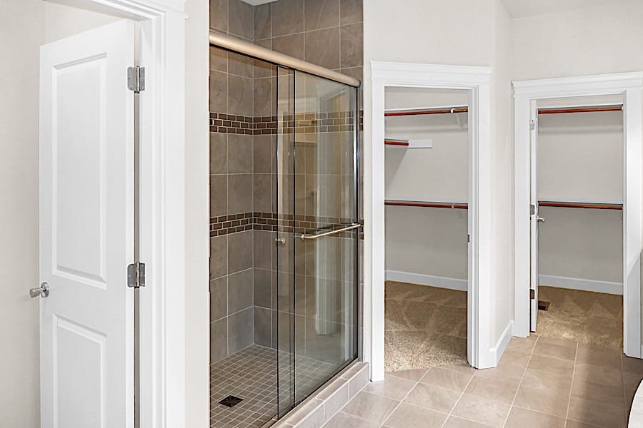 Hendershot-15-Master-Bathroom-Shower-Closets
